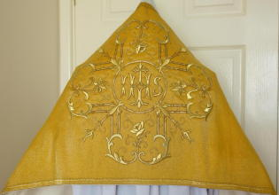 Antique Cloth of Gold Humeral Veil
